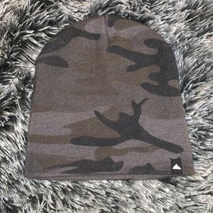 Grey Camo toque